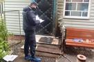 Раненый пенсионер задержал налетчика, который пришел к нему в дом с ножом и взрывчаткой