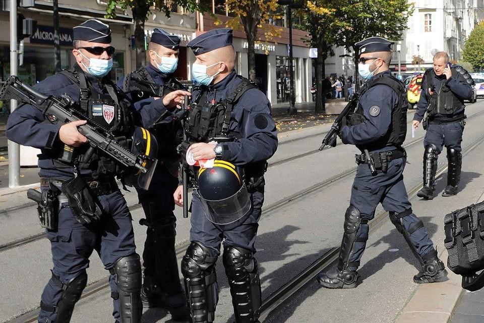 Очередное нападение с ножом произошло во Франции - на этот раз в Авиньоне