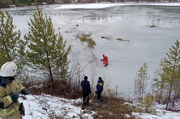 Толщина льда была 3 сантиметра: на севере Урала утонул рыбак