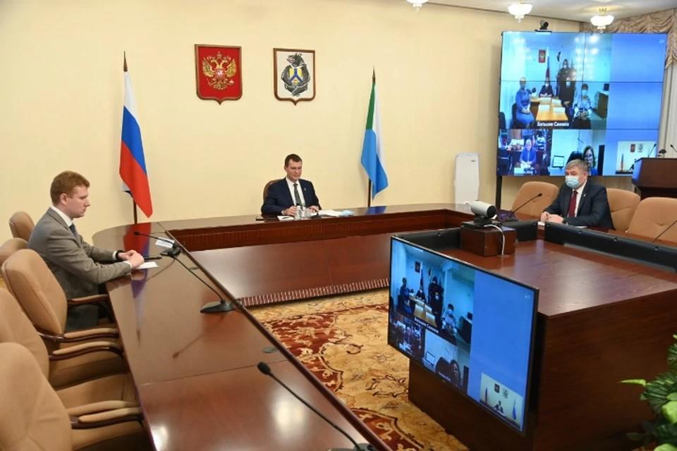 Михаил Дегтярев рассказал, кто входит в его команду. Фото: Правительство Хабаровского края