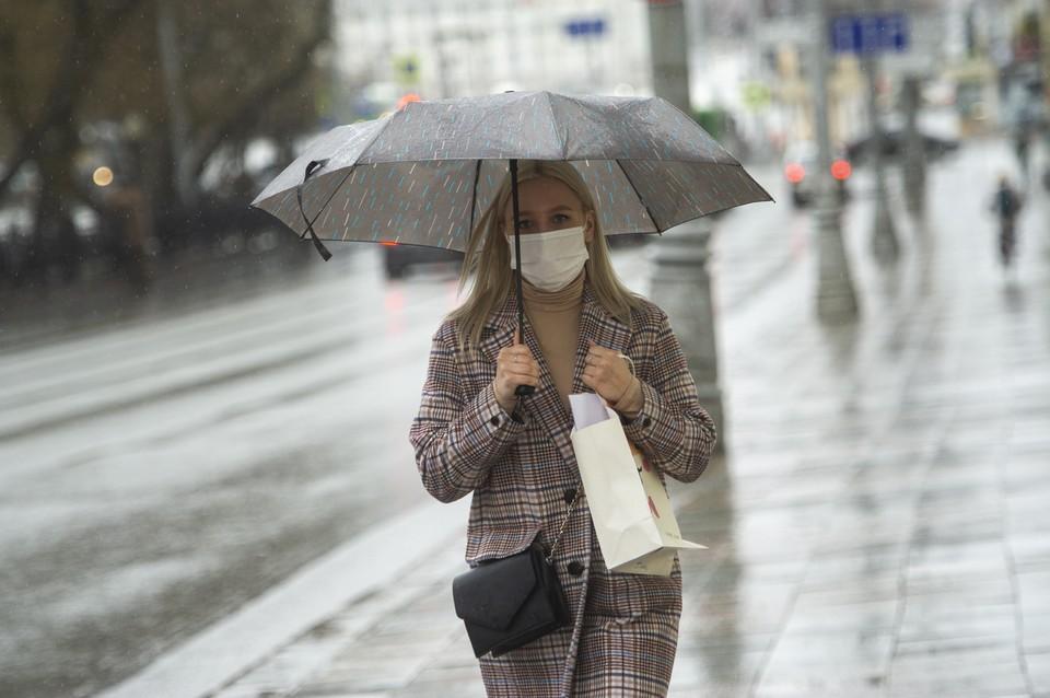 Роспотребнадзор заявил о влиянии погоды на заболеваемость коронавирусом