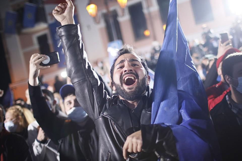 Парламентские выборы в стране закончились массовыми протестами. Фото: Давид Мдзинаришвили/ТАСС