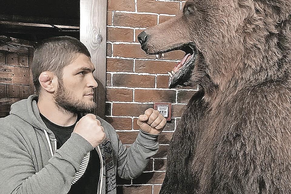 Спортсмен набрал такую популярность, что стал чуть ли не еще одним символом России.