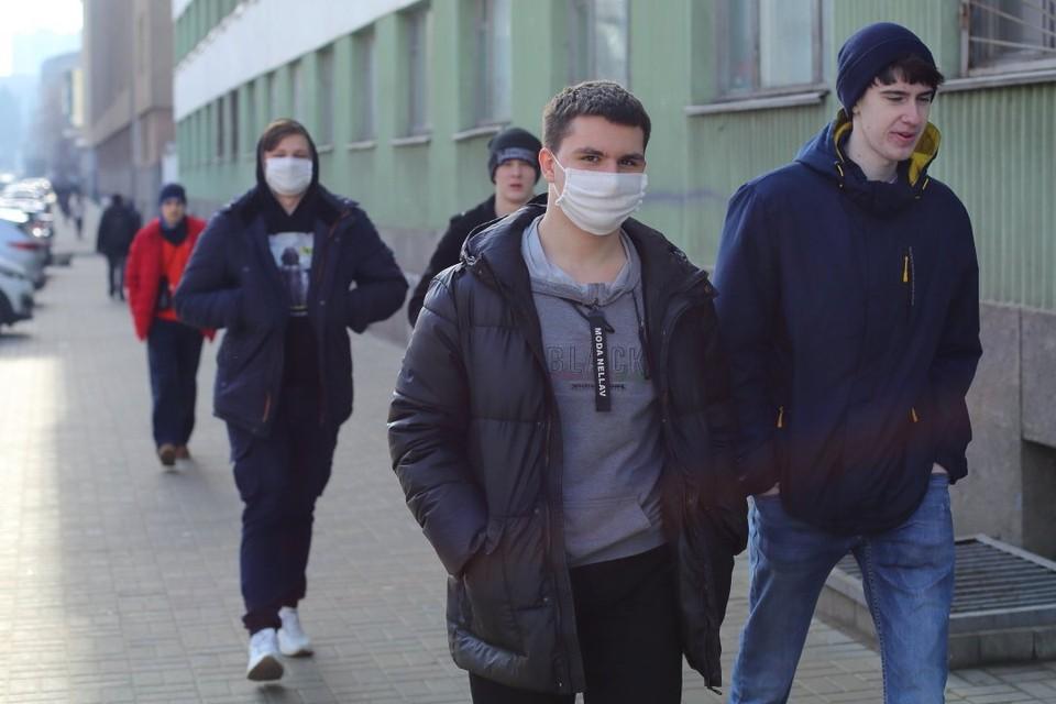 В мире количество зараженных коронавирусом приближается к 50 миллионам человек.