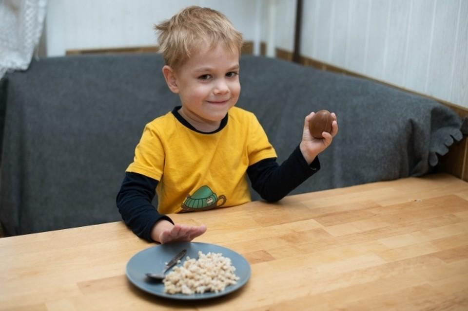Диетолог предупредил об опасности людей, которые слишком часто едят овсянку