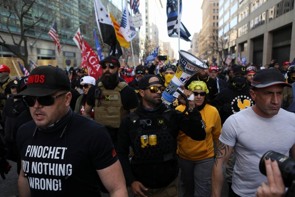 Радикалы устроили беспорядки на марше сторонников Трампа в Вашингтоне