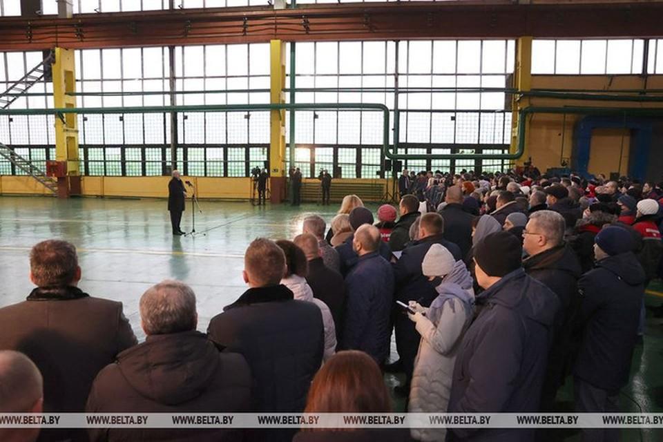 Лукашенко заявил, что уже в ближайшее время расскажет правду о той информации, которая была размещена в телеграм-каналах. Фото: БелТА