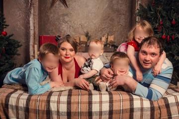 Петербурженка родила тройню после двойни и стала мамой девяти детей
