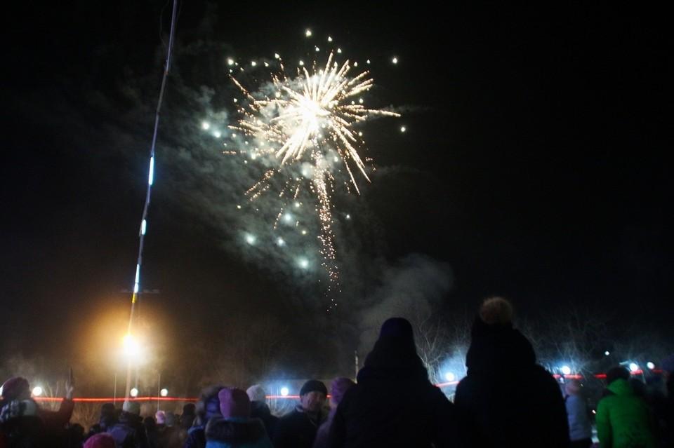 В прошлом году фейерверк в Шимановске состоялся 25 декабря. Фото: соцсети