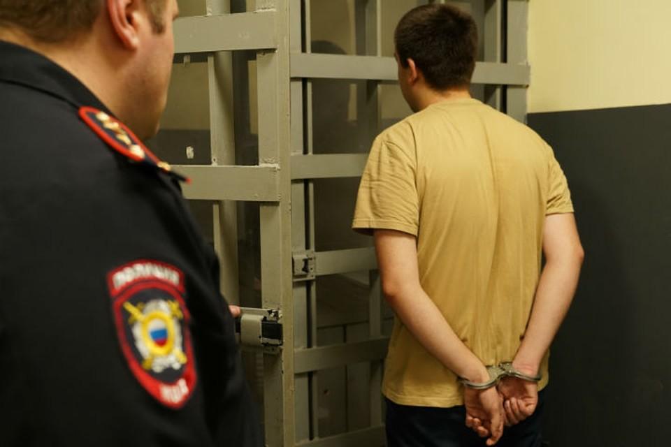 17-летний сибиряк пытался изнасиловать трех женщин