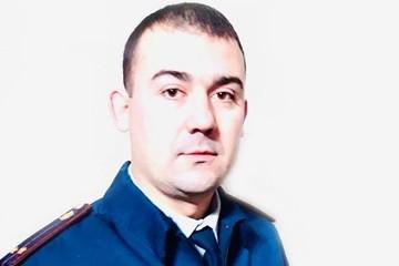 Сотрудник УФСИН спас бабушку, которая умирала в запертой квартире в Сызрани
