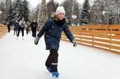 Открытие катков в Москве: самый большой – на ВДНХ, самый романтичный – возле Кремля
