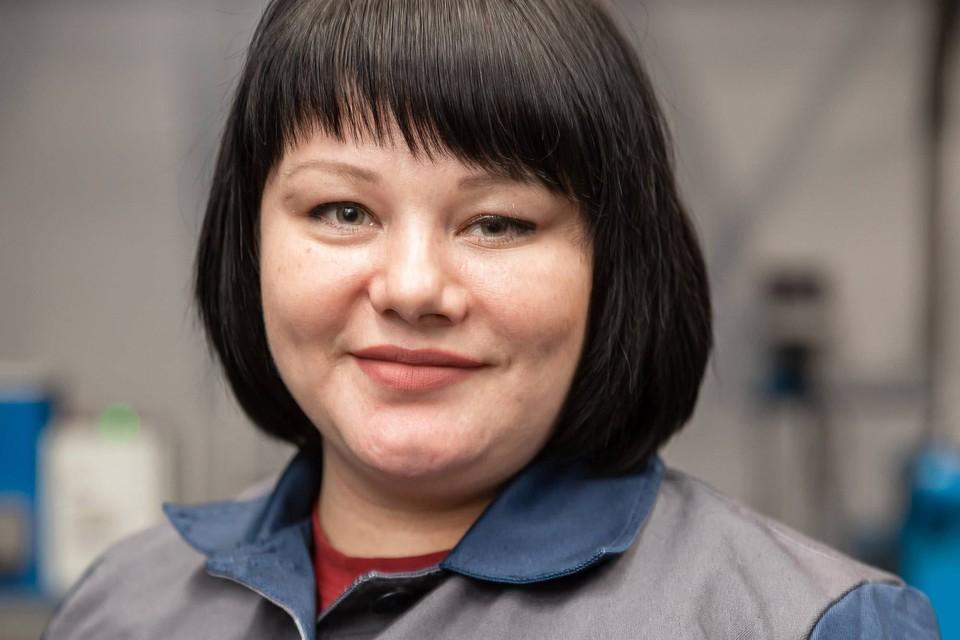 Татьяна Зыкова работает на угольном предприятии, учится и воспитывает двух маленьких дочек. Фото: предоставлено пресс-службой «Сибантрацита».
