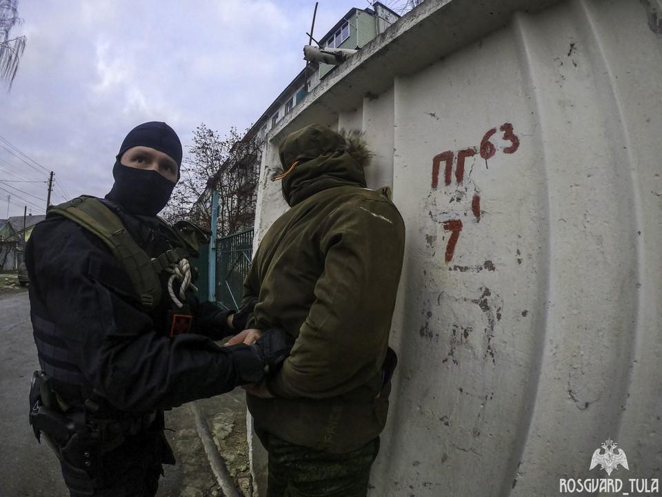 Жителя Тулы задержал отряд росгвардейцев за его экстремизм