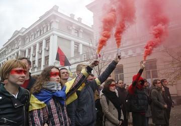 Кто навязывает Украине вражду с Россией: эксперт рассказал, замешан ли в этом Запад