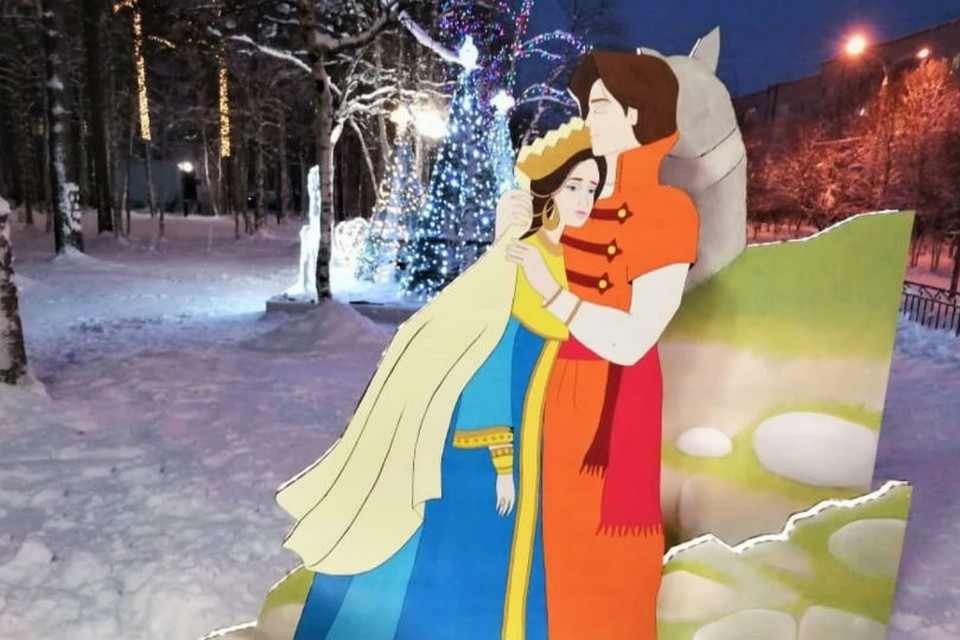 Апатиты украшают к Новому году. Фото: vk.com/narodnoetvx