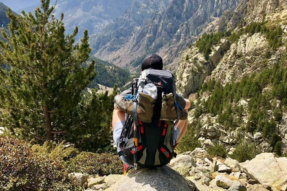 Походы в Крыму: к вершинам гор, через каньоны, с ночевками на побережье