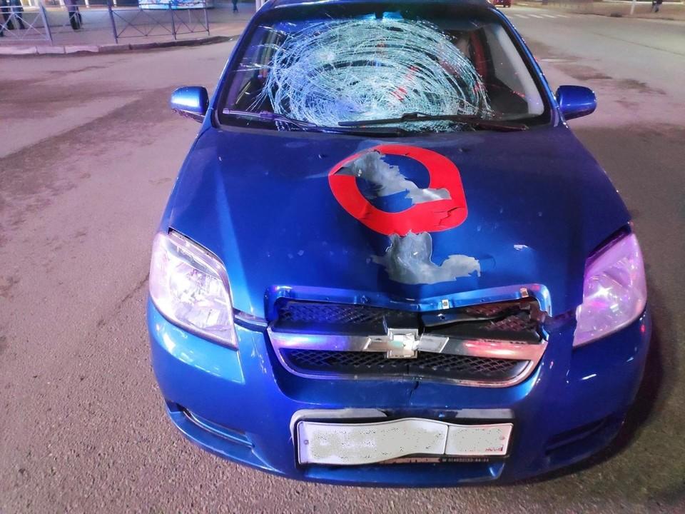 В Орле возле ЦУМа девушка попала под машину такси. Фото Госавтоинспекции по Орловской области