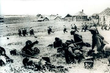 Украина обвиняет: Гитлер развязал Вторую мировую войну вместе со Сталиным