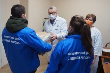 #СпасибоВрачам. В Прикамье волонтеры передали 280 фильтров для медиков, которые борются с COVID-19