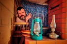 Комната-купе и русская печь в «тамбуре»: Инженер из Петербурга построил креативный дом-музей