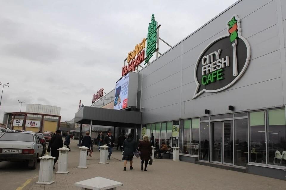 Аренда для предпринимателей ТЦ «Южная Галерея» обходится в 2,5-3 раза дороже, чем в аналогичных торговых центрах Краснодарского края.