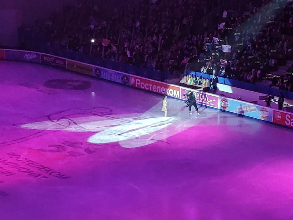 Евгении Медведевой признались в любви на льду: чемпионат России по фигурному катанию завершился показательными выступлениями