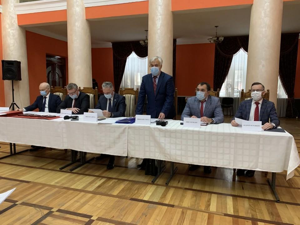 Председатель правления СПО «Вече» Н.Ф. Гуцул открывает расширенное заседание правления Славянской правозащитной организации «Вече».
