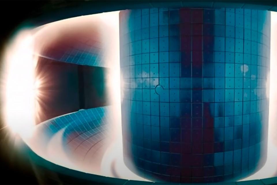Корейские термоядерщики в течении 20 секунд удерживали плазму температурой выше 100 миллионов градусов.