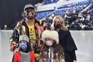 Новогоднее «Лебединое озеро»: Филипп Киркоров вышел в свет с подросшими детьми, а «Гном Гномыч» исполнил роль принца
