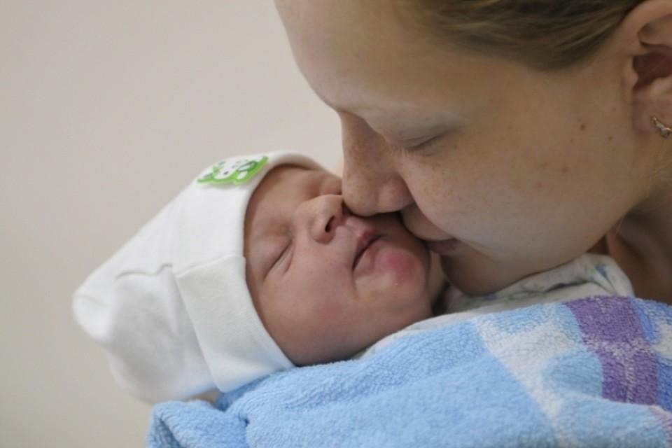 Мэр Новокузнецка рассказал о родившихся в Новый год малышах