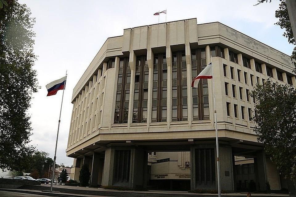 Крымский политолог рассказал, что украинские власти побоялись наступать на Крым в 2014 году. Фото: архив КП