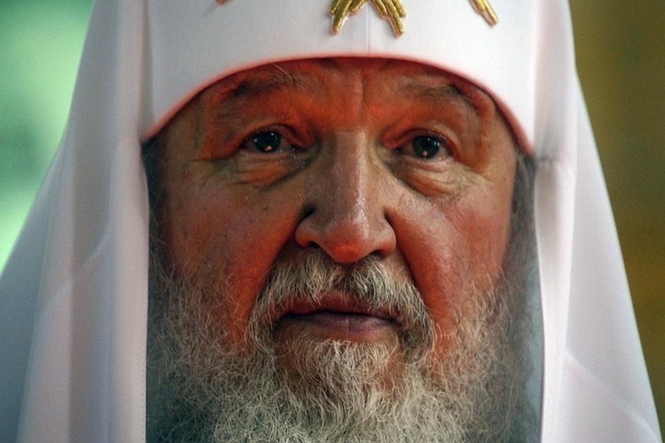 Патриарх Кирилл призвал отцов активнее участвовать в воспитании детей