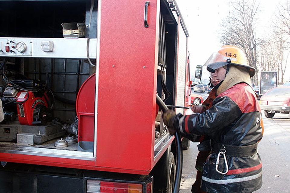 Пожарные не смогли спасти человека.