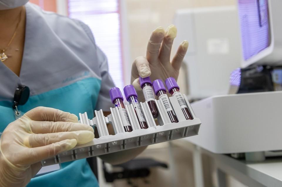 Фото: ОЛЕГ ЗОЛОТО Еще 245 человек заразились коронавирусом в Псковской области