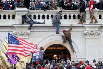 В США готовятся к массовым вооруженным протестам