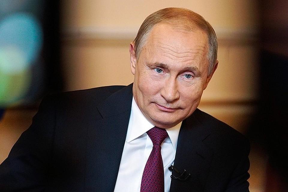 Владимир Путин поручил начать вакцинацию всех россиян. Фото Алексей Дружинин ТАСС