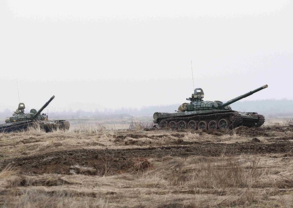 Броня по-прежнему крепка и танки наши быстры.