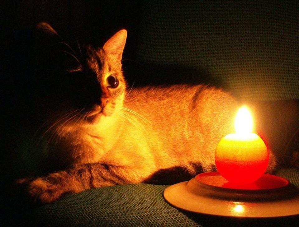 Без электричества плохо, но есть в этом доля романтики. Фото: соцсети