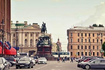 Поездка в Санкт-Петербург на машине: что надо учесть в дороге и сколько взять денег