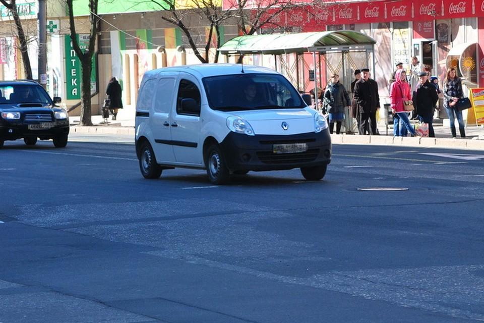 Сотрудники ГАИ будут останавливать автомобили без талона техосмотра на лобовом стекле