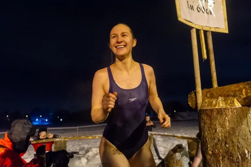 """""""Комсомолка"""" побывала на крещенских купаниях в 2021 году в Санкт-Петербурге"""