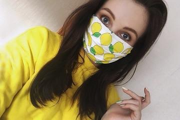 Лучшие защитные маски для лица 2021: Польза или элемент total look