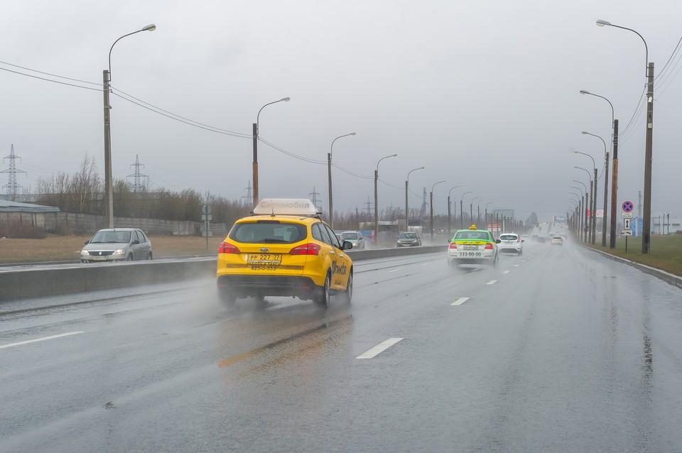 Автоэксперты – о ценах на такси Санкт-Петербурга: «Цены и спрос не изменятся до конца весны»