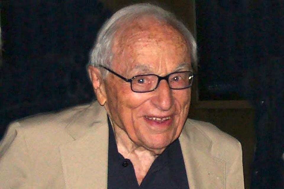 Умер Уолтер Бернстайн. Фото:Wikipedia.