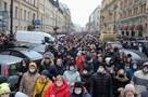 Губернатор Петербурга опасается возможной вспышки коронавируса после незаконного митинга