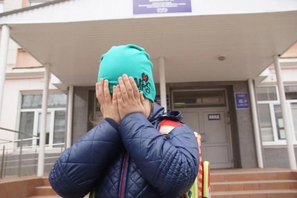 Штукатур получил 8 лет «строгача» за поглаживание коленки 11-летней девочки