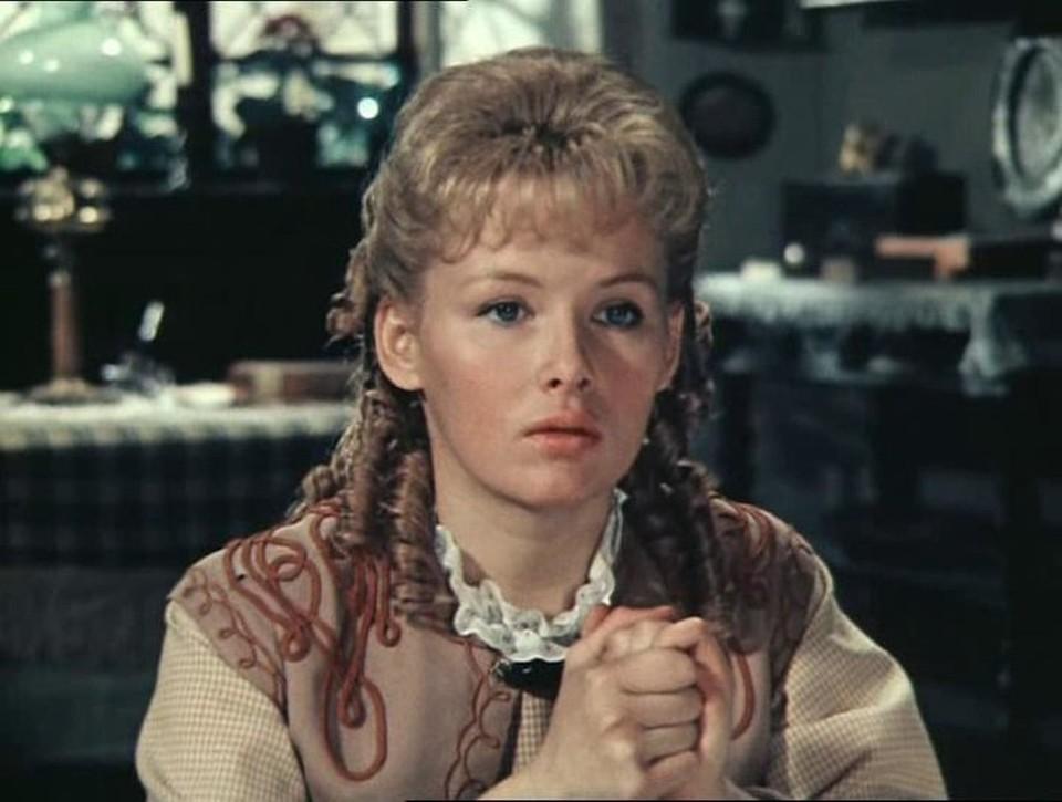 Как сейчас выглядит красавица из фильмов «Бедная Маша» и «В поисках капитана Гранта» Тамара Акулова