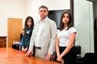 Как живут в ожидании суда сестры Хачатурян, убившие своего отца