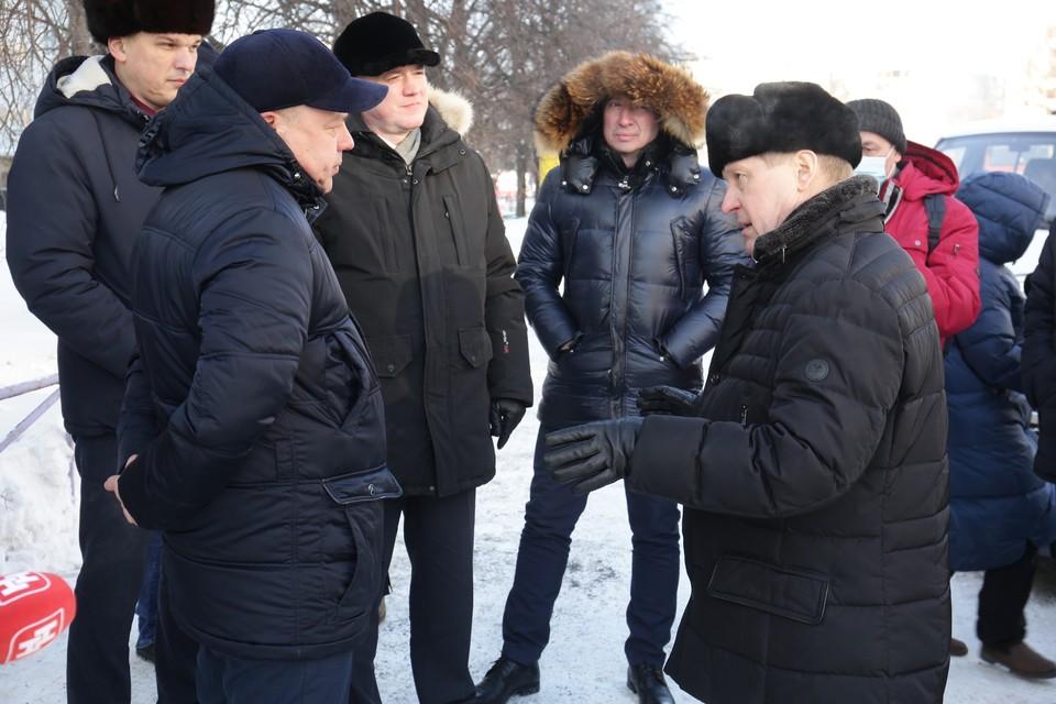 Глава города проконтролировал уборку снега. Фото: предоставлено мэрией Новосибирска.